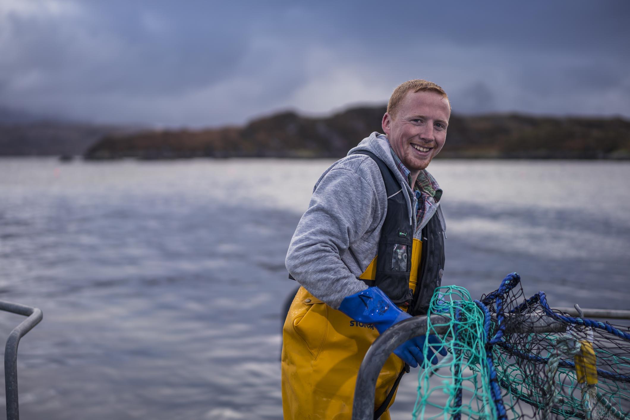 Industri salmon Skotlandia memetakan kursus ramah lingkungan