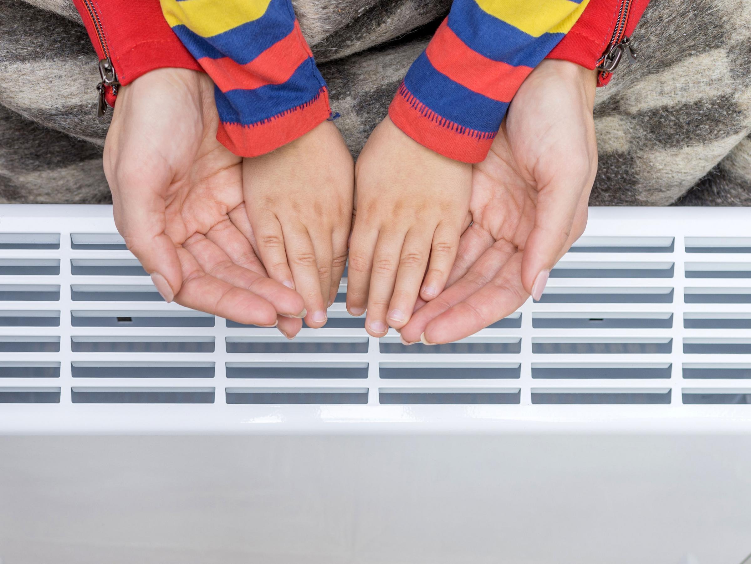 Bantuan dan diskon pemerintah tersedia untuk menghangatkan rumah Anda di musim dingin ini