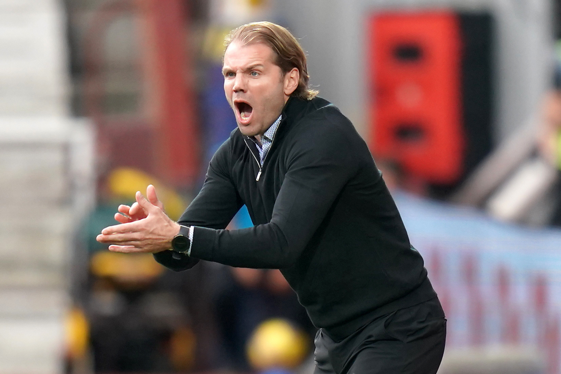 Hearts boss Robbie Neilson insists Rangers flashpoint was case of 'Glasgow long blink'