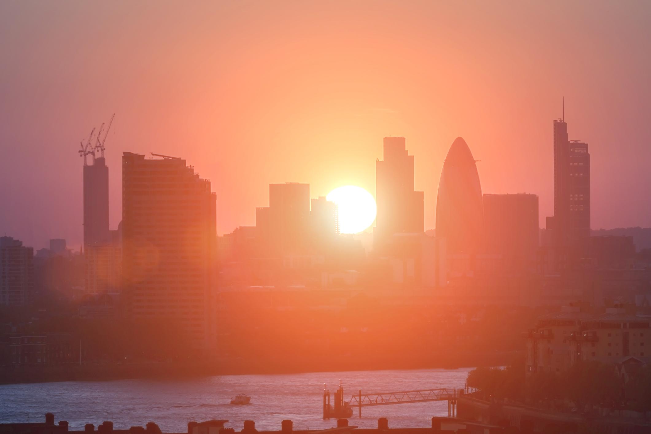 Kabut asap menghilangkan efek panas pada kesehatan otak