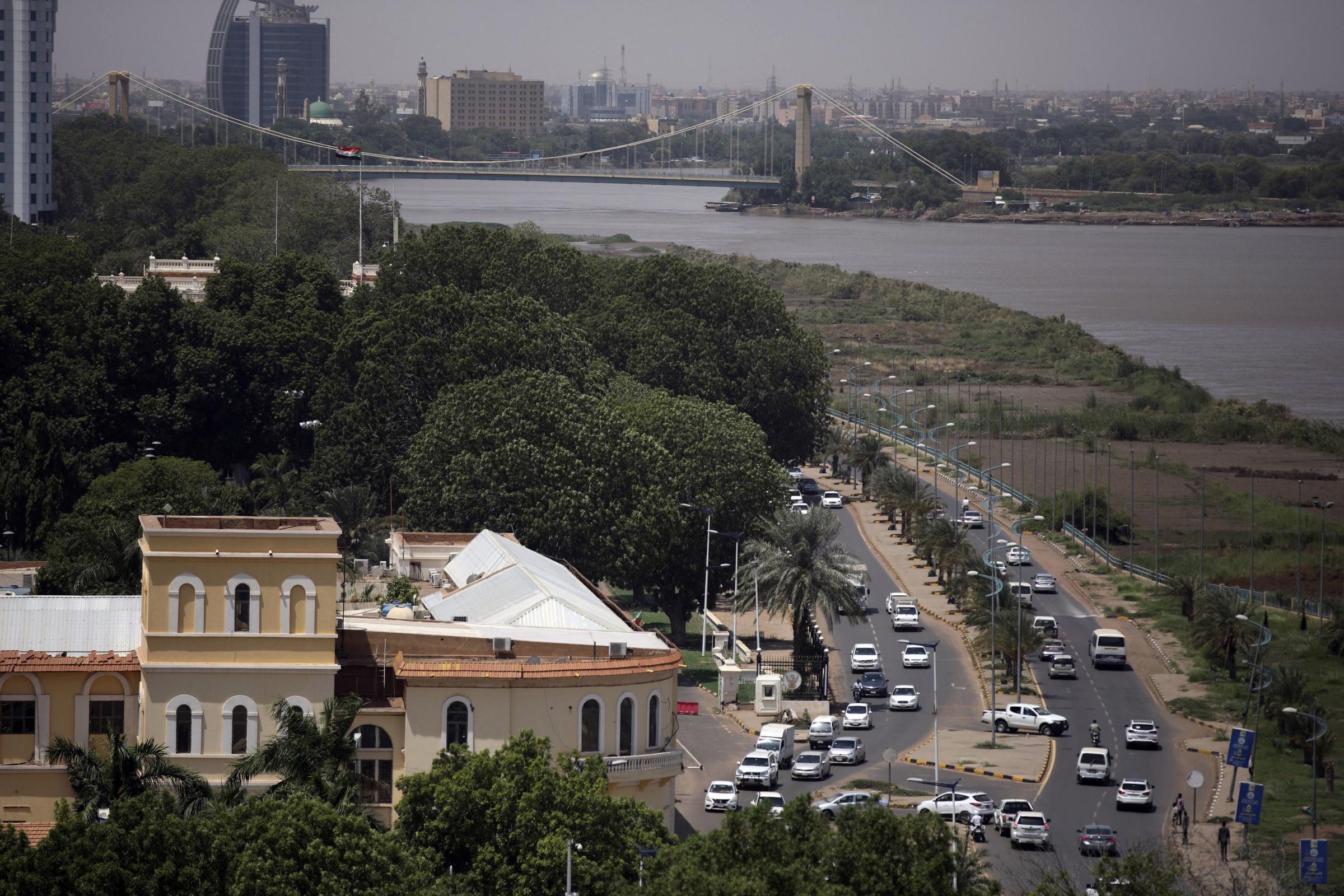 Jenderal Sudan menyatakan keadaan darurat setelah PM ditangkap dalam kudeta yang nyata