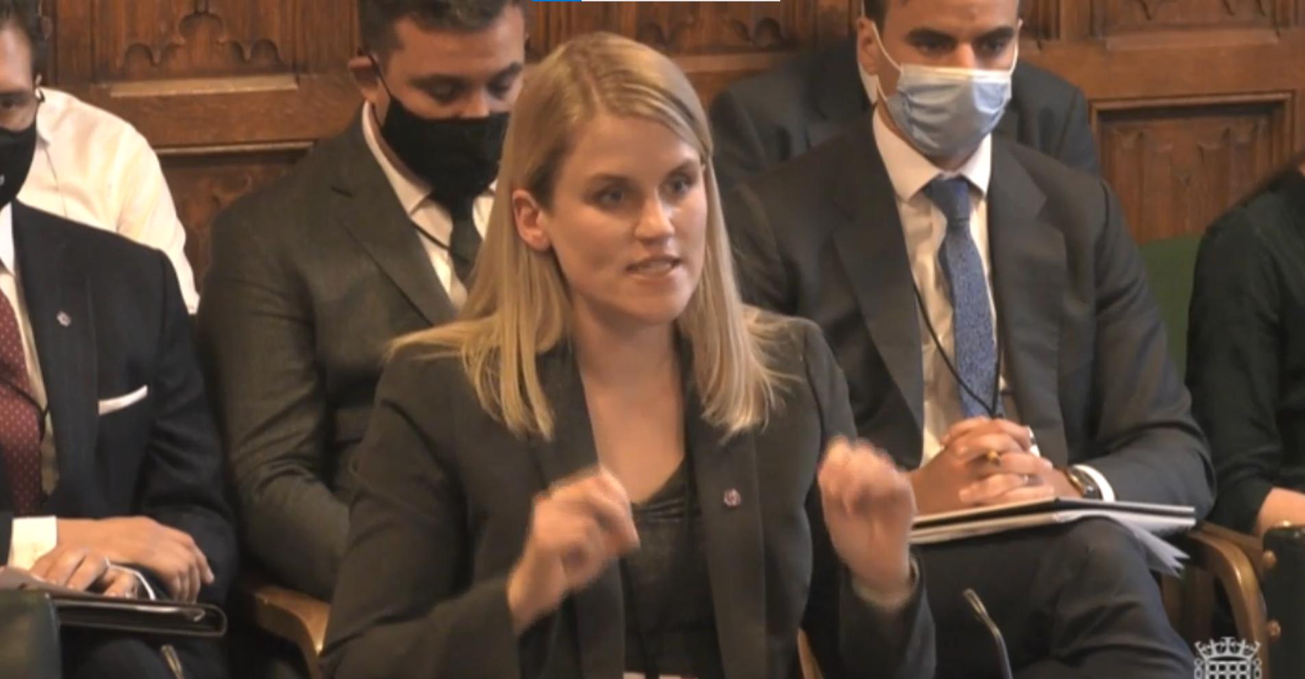 Anggota parlemen SNP yang menghadapi pelecehan homofobik mempertanyakan pelapor Facebook tentang apakah platform 'jahat'