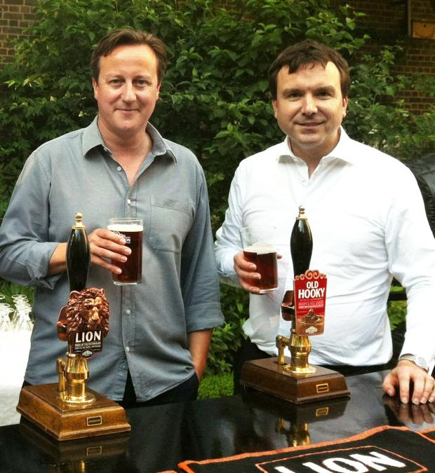 HeraldScotland: NICE PINT: Prime Minister David Cameron with Andrew Griffiths MP.