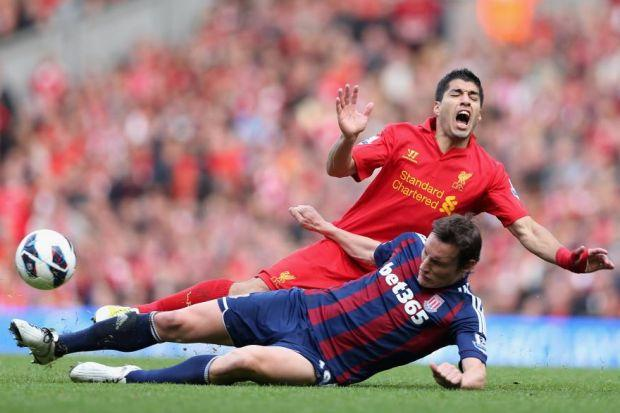 Luis Suarez dived in last week's game against StokePhotograph: Getty