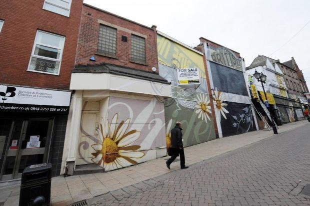 Warning high street store closures will double