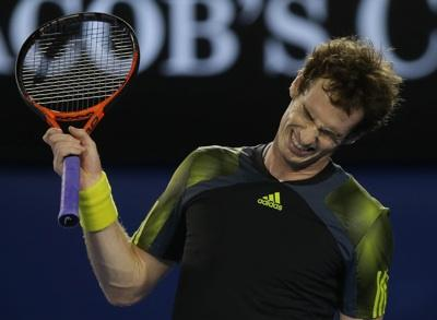 Murray loses clash of the tennis titans