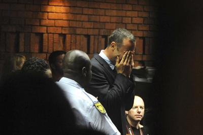 Pistorius weeps in court at his bail hearing