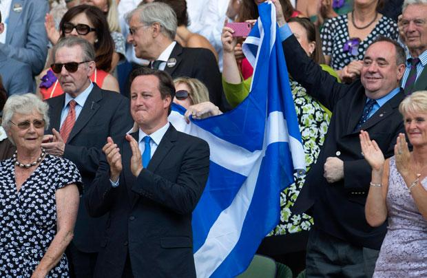 Salmond: I've no regrets about 'photobombing' Cameron with Saltire stuffed in Moira's handbag