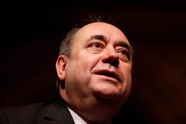 Salmond: Tory and Labour rebels should join with SNP to stop EU ref clashing with devolved elections