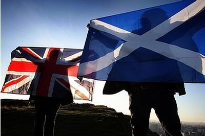 Scots to stay British despite vote
