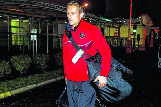 Jonny Wilkinson arrives in Glasgow as part of the Toulon side to face Warriors at Scotstoun. Picture: SNS/SRU