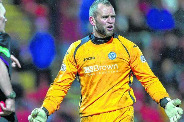 Alan Mannus was already scheduled to miss Saturday's cup semi-final but now he could be out of the final should St Johnstone reach it after he chipped a bone in his thumb. Picture: SNS