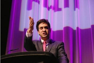 Miliband pledges positive case for Union as No inject love into debate