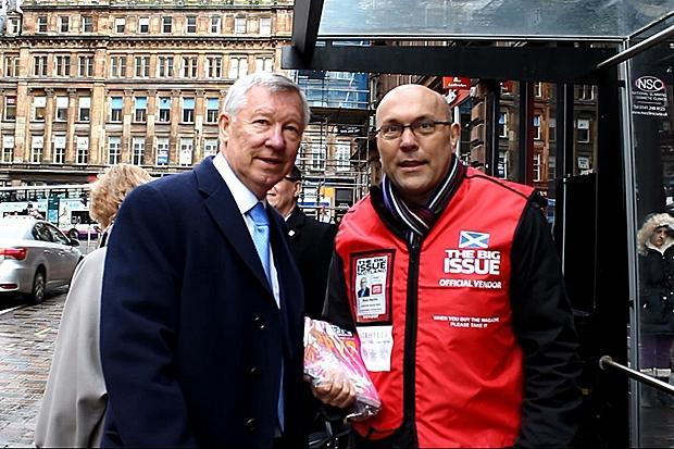 The Big Sell-off success: Sir Alex Ferguson buys Big Issue while guest vendors sell it