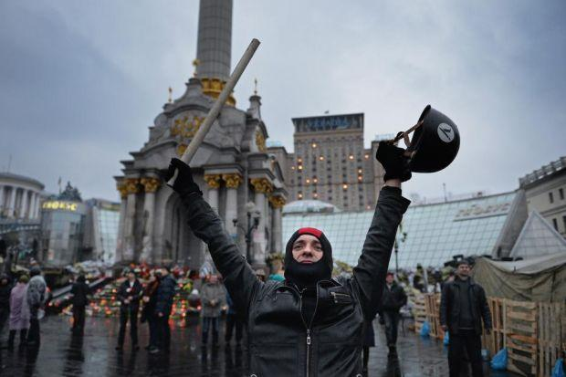 Crisis on the streets of Kiev as an uneasy mood lingers