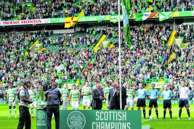 Fergus McCann will unfurl the title flag next season if Celtic win the SPFL Premiership