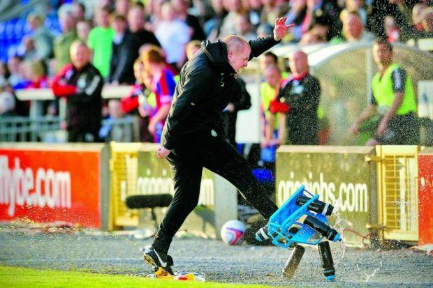 Neil Lennon shows his frustration during the defeat at Inverness that cost Celtic the 2010-11 title Photograph: SNS