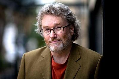 Iain Banks leaves more than £3.5m in his will