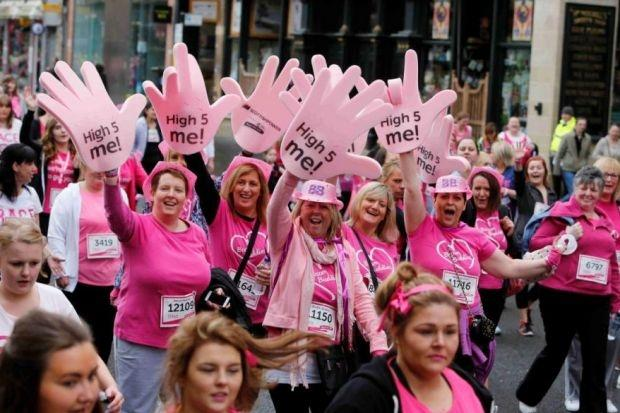 14,000+ take part in Glasgow's race for life