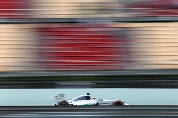 Lewis Hamilton is hoping to make it four wi