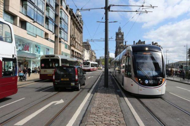 Edinburgh Named Best City In UK For Travel