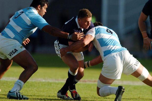 Duncan Weir went from hero to zero to hero again on Friday in Scotland's victory over Argentina   Photograph: Fotosport
