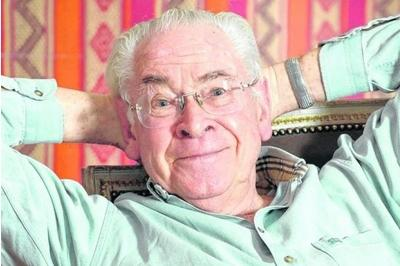 Stanley Baxter: 'canny' Scots will vote No in September