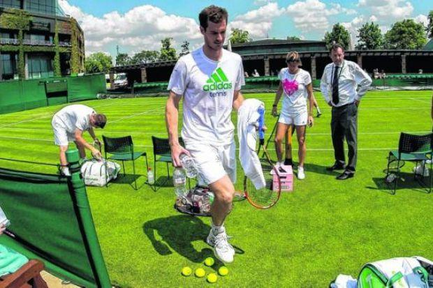 Andy Murray completes a training session with Amelie Mauresmo. Picture: SNS