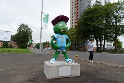 Where's Clyde? Vandals wreck statues while one disappears entirely from Ibrox...and now he is gone for good