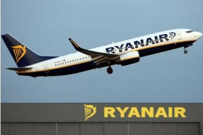 Ryanair plans to introduce business class