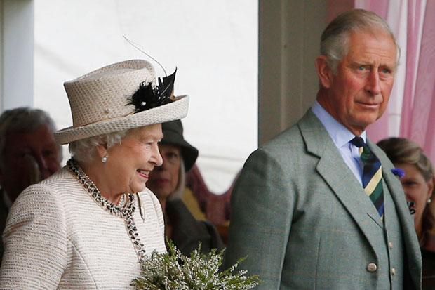 Queen attends Braemar Highland Games