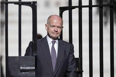 Hague: giving Scotland more powers if it votes No is not Government policy
