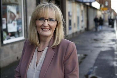 Curran urges Yes voters to see Labour as their home rather than their opponent
