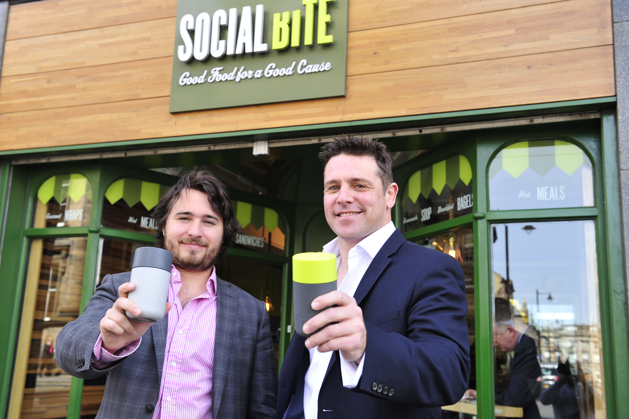 Reusable cashless coffee cup unveiled at the London Coffee