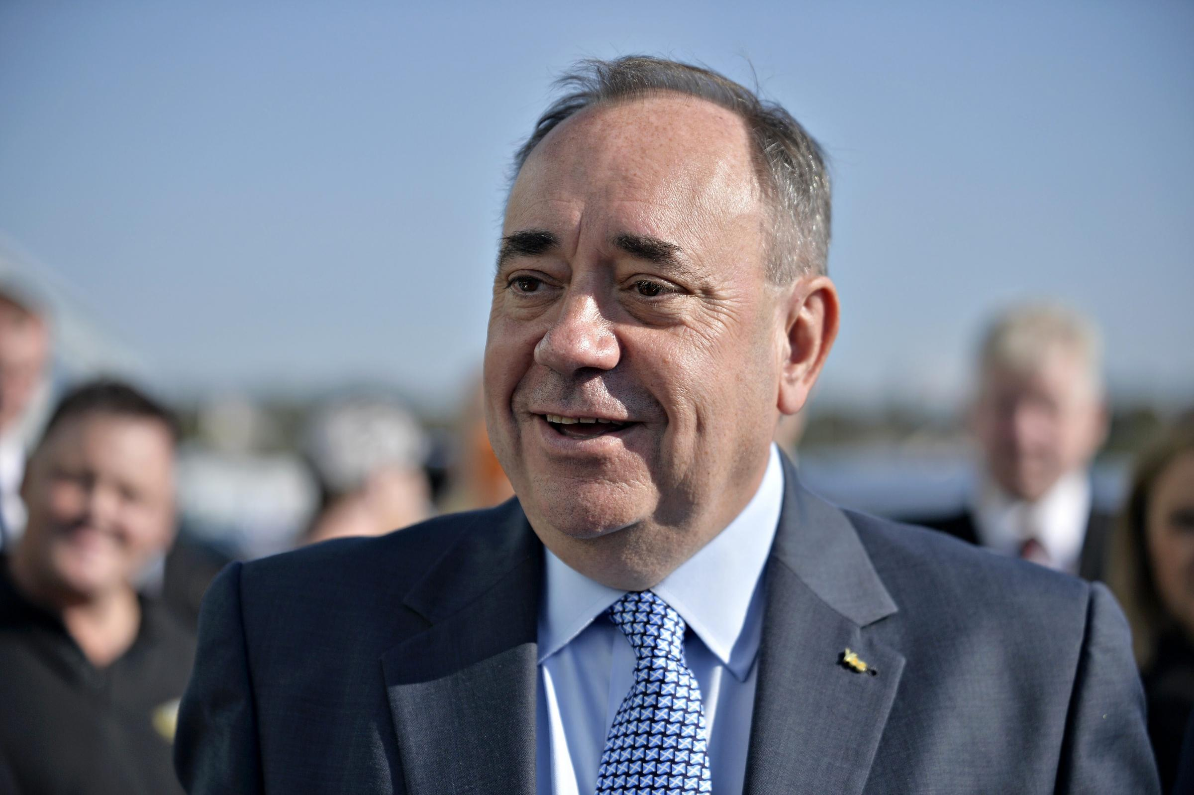 Salmond accuses Cameron over 'stealth' Syria bombing raids