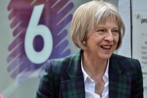 SNP : Theresa May's EU migrant crackdown 'putting ambition before the economy'