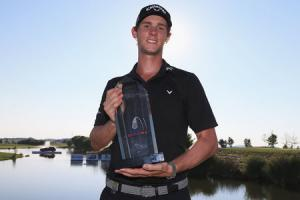 Pieters into history books with victory in Prague