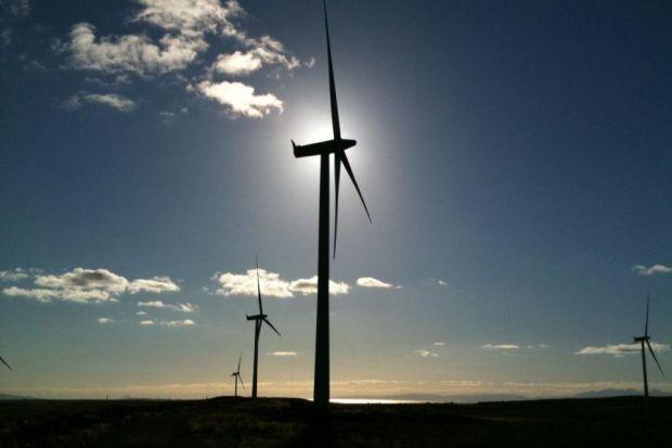 £2.6bn offshore wind farm 'will bring £530m to Scottish economy'