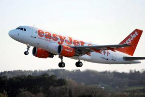 EasyJet plane came within 75ft of being struck by drone as it came in to land at Edinburgh Airport