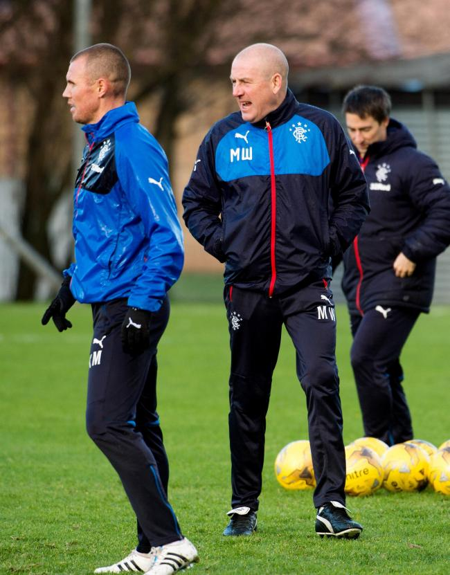 19/11/15  .  RANGERS TRAINING  .  MURRAY PARK - GLASGOW  .  Rangers manager Mark Warburton in training.. (46747100)