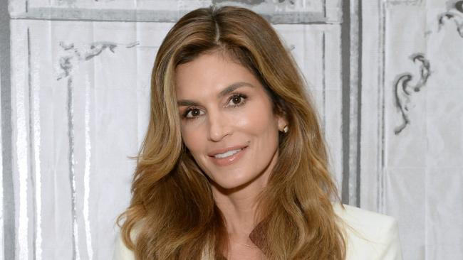 Is Cindy Crawford retiring from modelling this month?