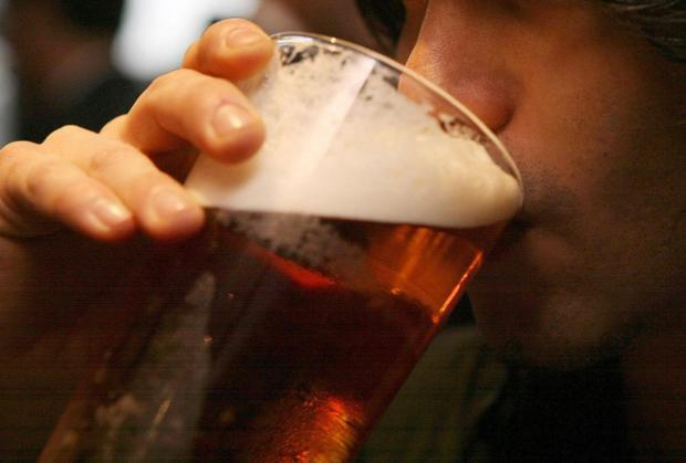 Scottish students banned from going to pubs in bid to prevent spread of coronavirus