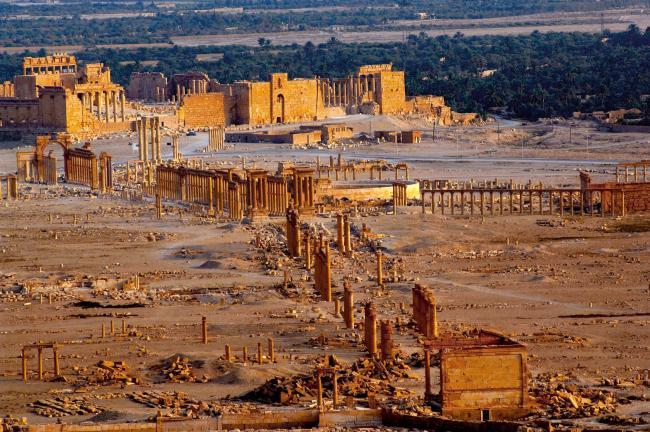 Palmyra: UK Government should fund British archaeological mission to restore ancient Syrian city, says Boris Johnson