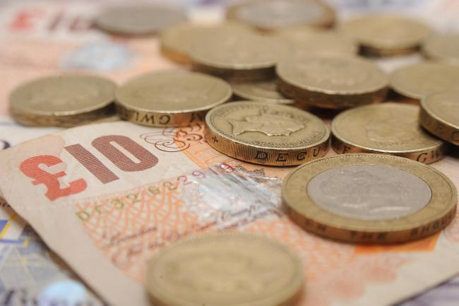 Duabi Bureau Offers Diffe Exchange Rates For Scottish Pound And Sterling