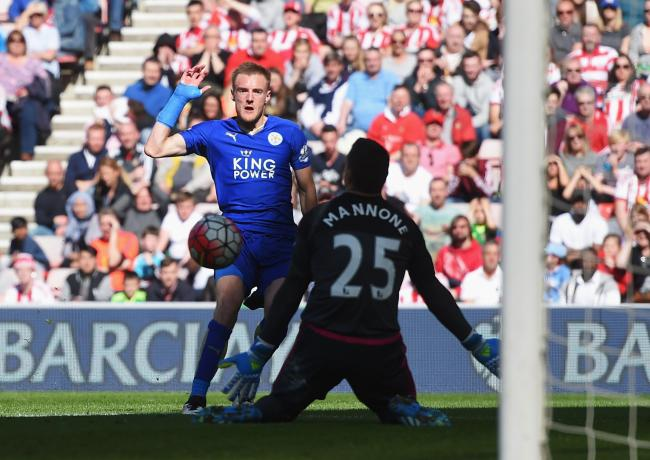 BACK IN BUSINESS: Jamie Vardy scores Leicester City's opening goal in a 2-0 win at Sunderland
