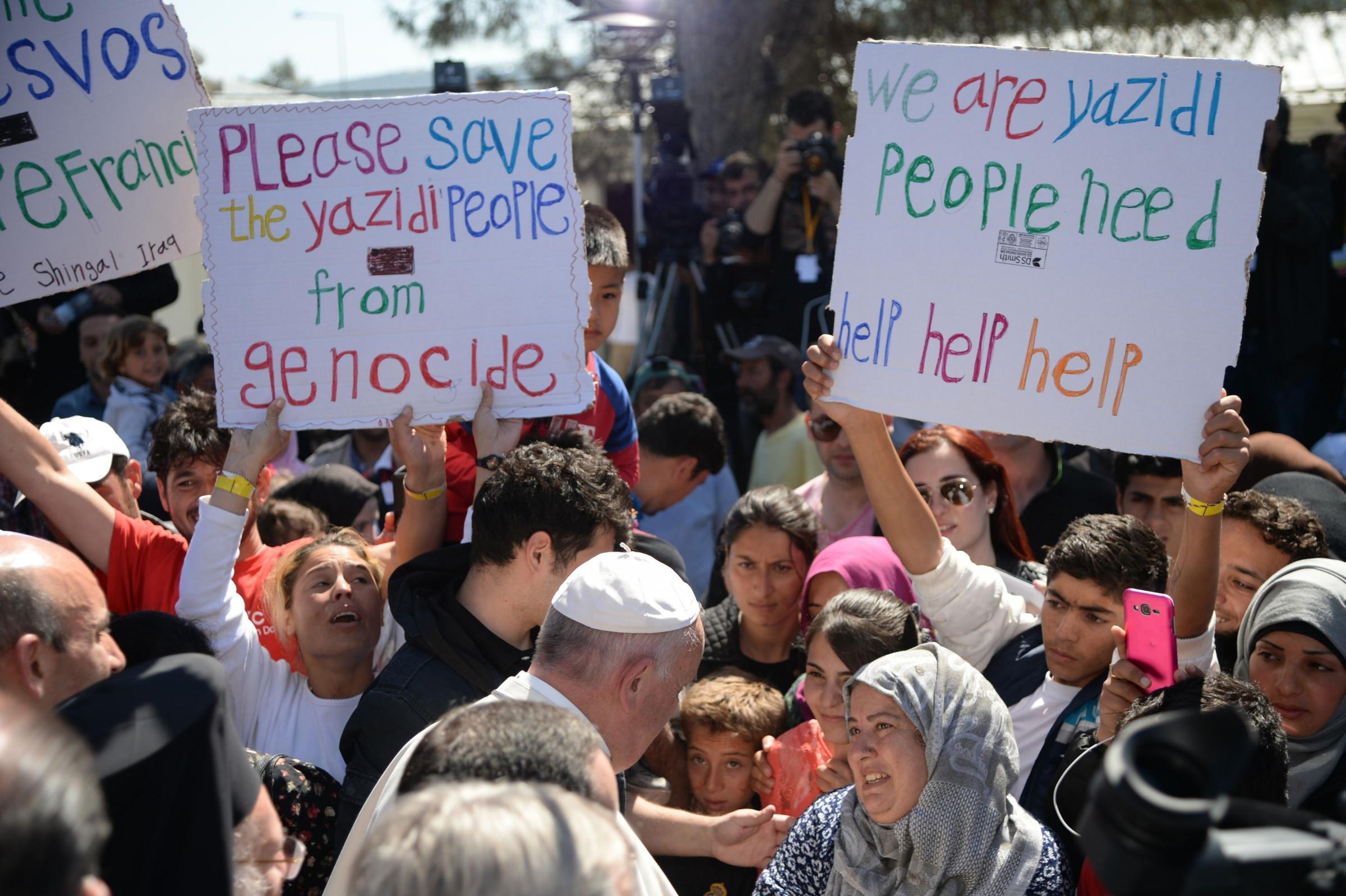 Pope Francis takes 12 Syrian refugees to vatican after lesbos visit    HeraldScotland
