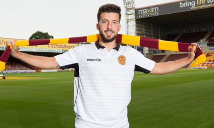 Motherwell sign midfielder Lee Lucas on short-term deal