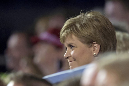 Nicola Sturgeon meets Judy Murray in summit for tennis funding
