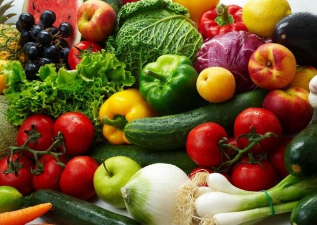 HeraldScotland: COLOURFUL PLATE: The survey has found not enough people are eating fruit and vegetables as part of their diet