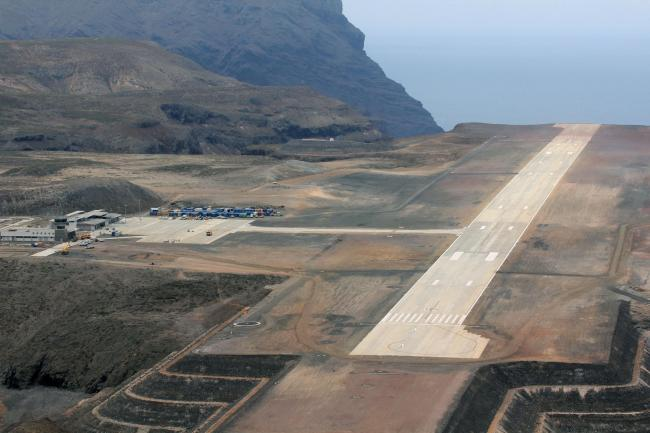 £285m island airport project 'has failed taxpayers and islands'